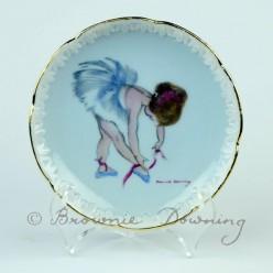 Ceramic plate with gilt edge 2 - ballet